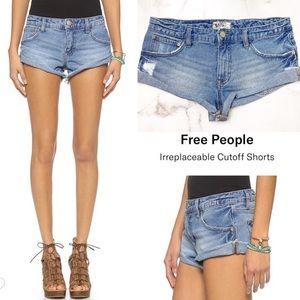 REE PEOPLE Irreplaceable Cutoff Jean Shorts Sz 26